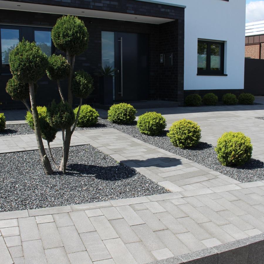 Loevenich Garten-, Landschafts- und Sportplatzbau Inh. Josef ...